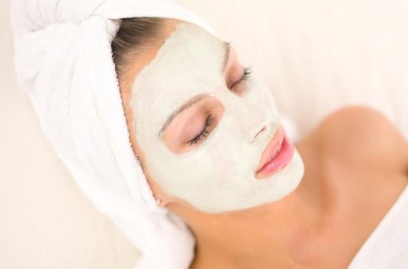 отбеливающая маска для лица с огурцом
