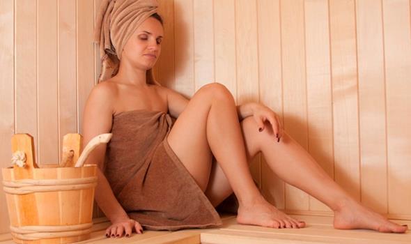 Как готовить и как использовать маски для волос в бане